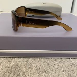 Authentic brown ombre Christian Dior sunglasses